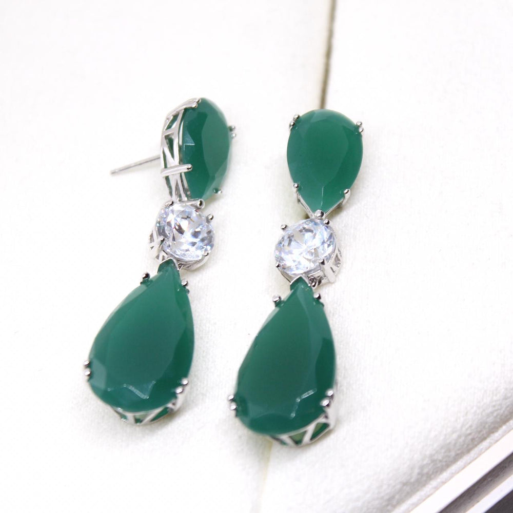 Arete Green and Cz