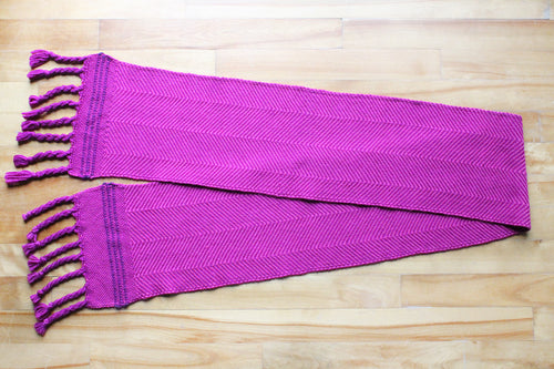 Magenta zigzag wool scarf, handwoven scarf, Peruvian Highland wool, pink on purple, twisted fringe, Hampshire Hill
