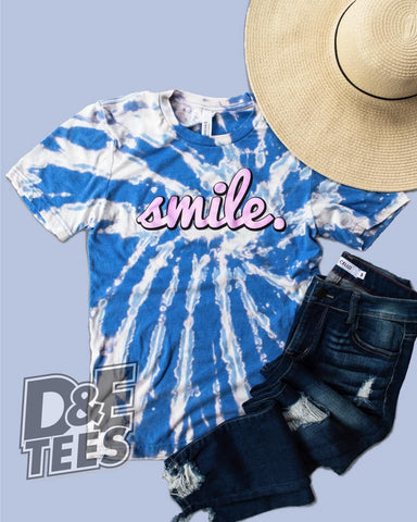 """Smile"" Graphic Tee"