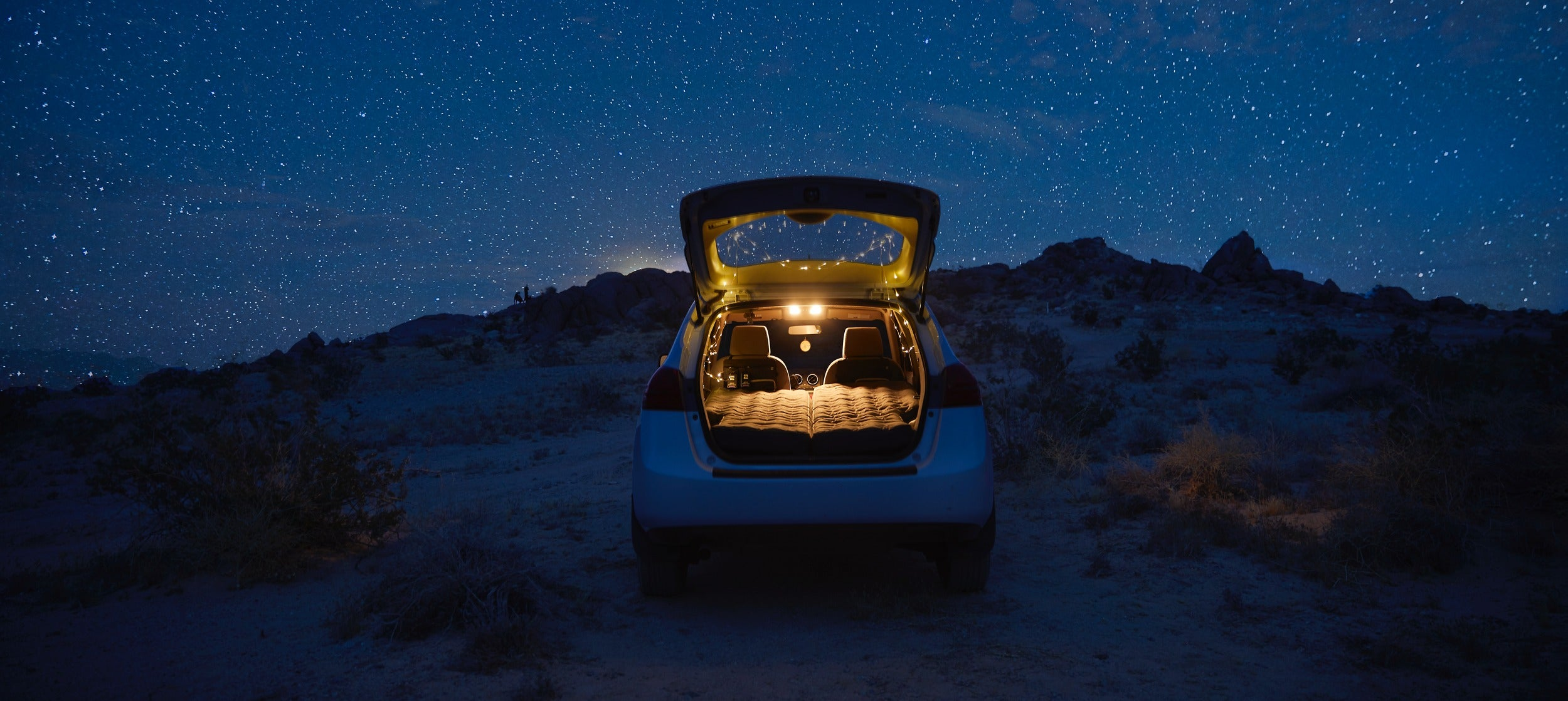 Sleep beneath the stars with Luno Life's comfortable and durable camping air mattress