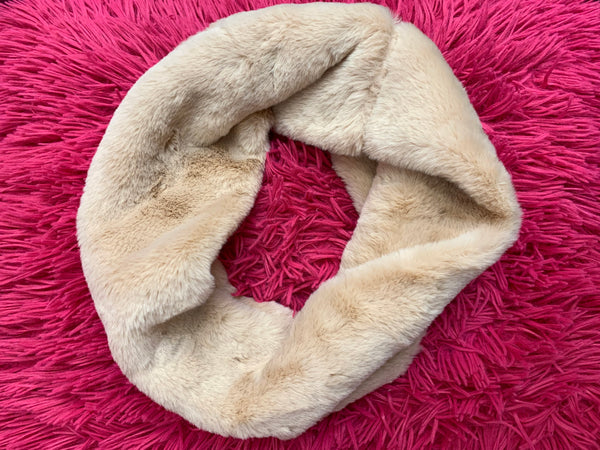 Faux Fur Tube Infinity Scarf - In 5 Colors