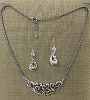 Curling Waves Silver Toned Necklace Set