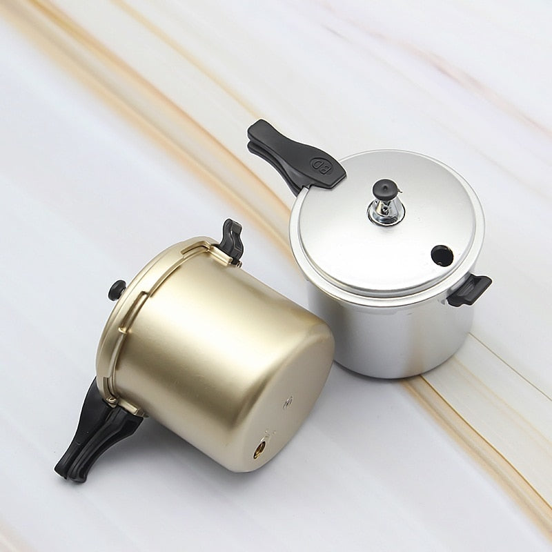Vintage Pressure Cooker Modeling Fire Lighter Mini Old-Fashioned Cooker Inflatable Lighter