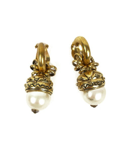 VINTAGE Earrings Pendant Acorn Shaped Pearl with Engraved Gold Socket