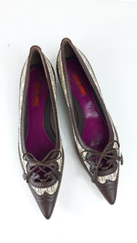Carolina Herrera Pointed Shoes in Leather and  Logo Motif  size 40 (EU)