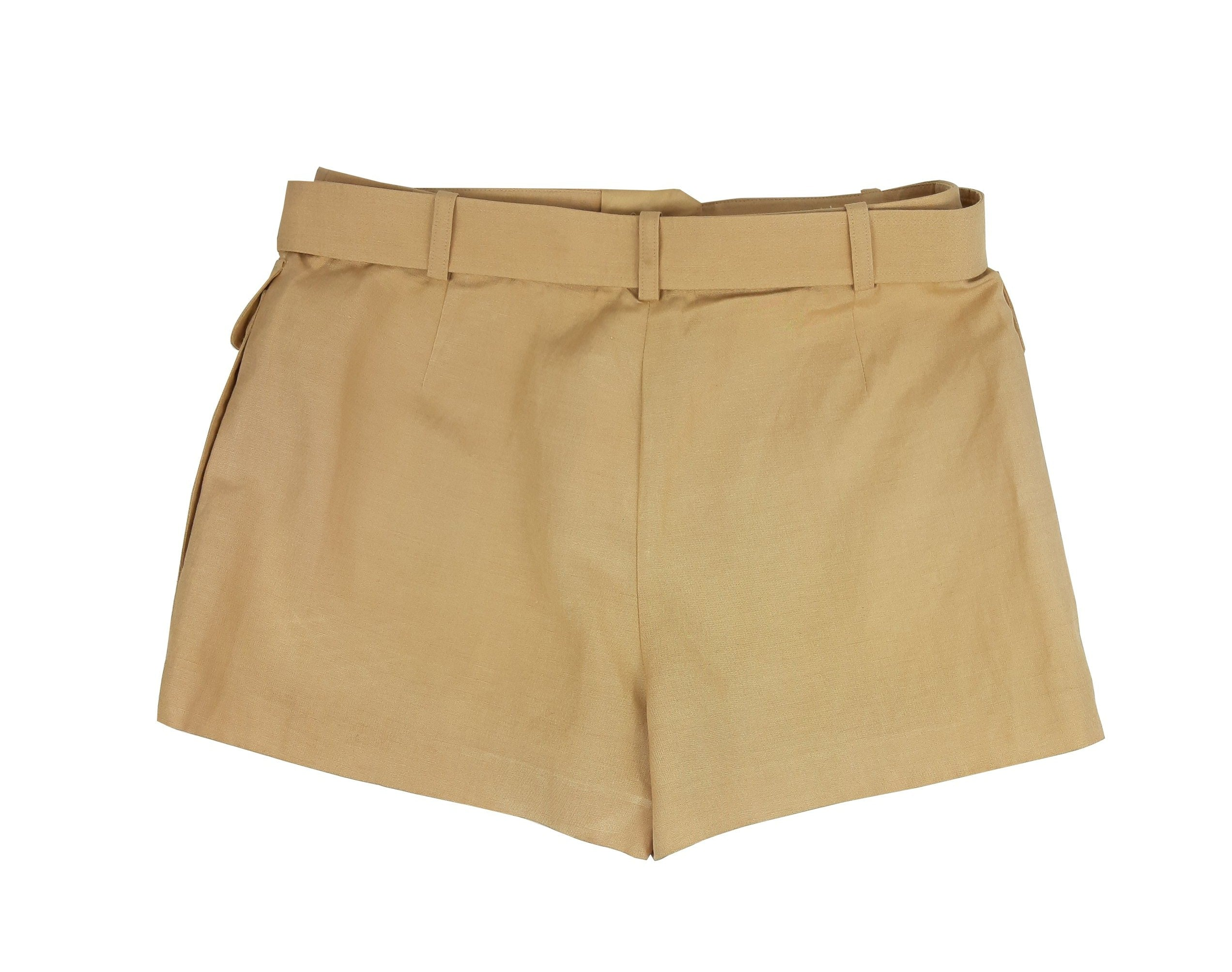 Hermes Shorts in Beige Size 40 (EU)