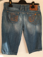 D&G Knee Denim Shorts Size 40 (EU) 44 (IT)