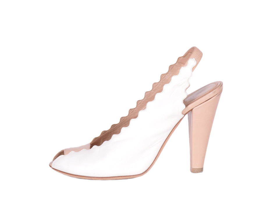 Chloé White and Beige Sandals Size 39 (EU)