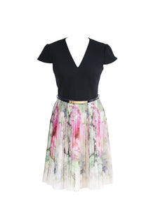Ted Baker Pleated Dress with Belt Size 34 (EU)