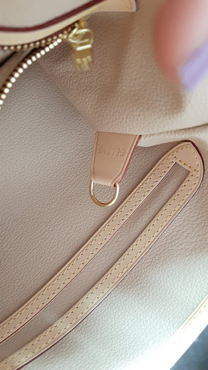 Louis Vuitton Bucket Bag in Monogram Canvas
