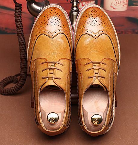 Men's casual British style Brock carved leather shoes