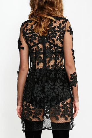 products/MARILYNN_LACE_MINI_DRESS_BACK.jpg