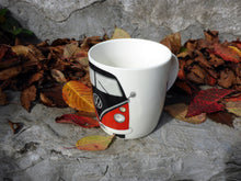 Load image into Gallery viewer, VW T1 Kombi Bus Coffee Mug 370ml in Gift Box -  Red and Black