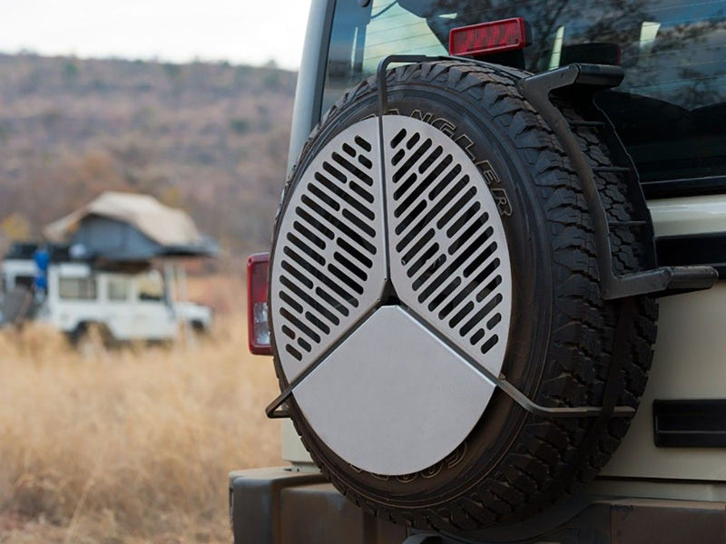 Front Runner BBQ Grate/ Braai stored / mounted to Spare Tyre