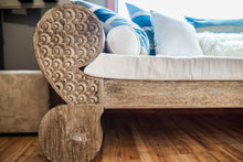 Load image into Gallery viewer, Timor Carved Daybed