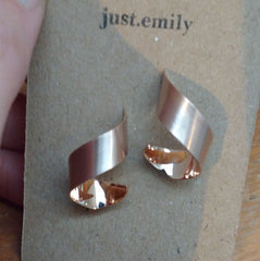 rose gold twist earrings