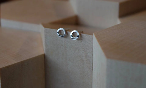 Scottish jewellery earrings handmade in Scotland tiny circle stud earrings silver earrings small circle earrings linear detail small circular earrings line details black line