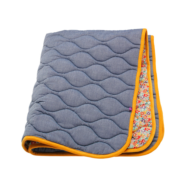 Ada Quilt - Sofa and Bed Protector