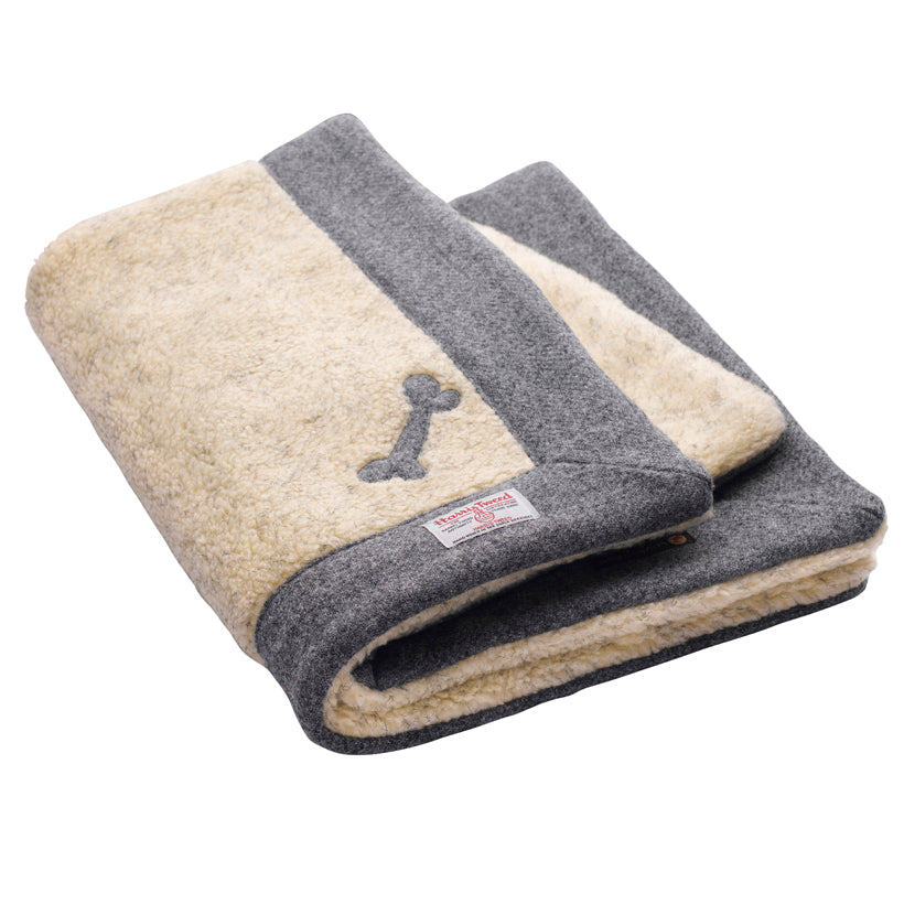 Daplyn Grey Harris Tweed Dog Blanket