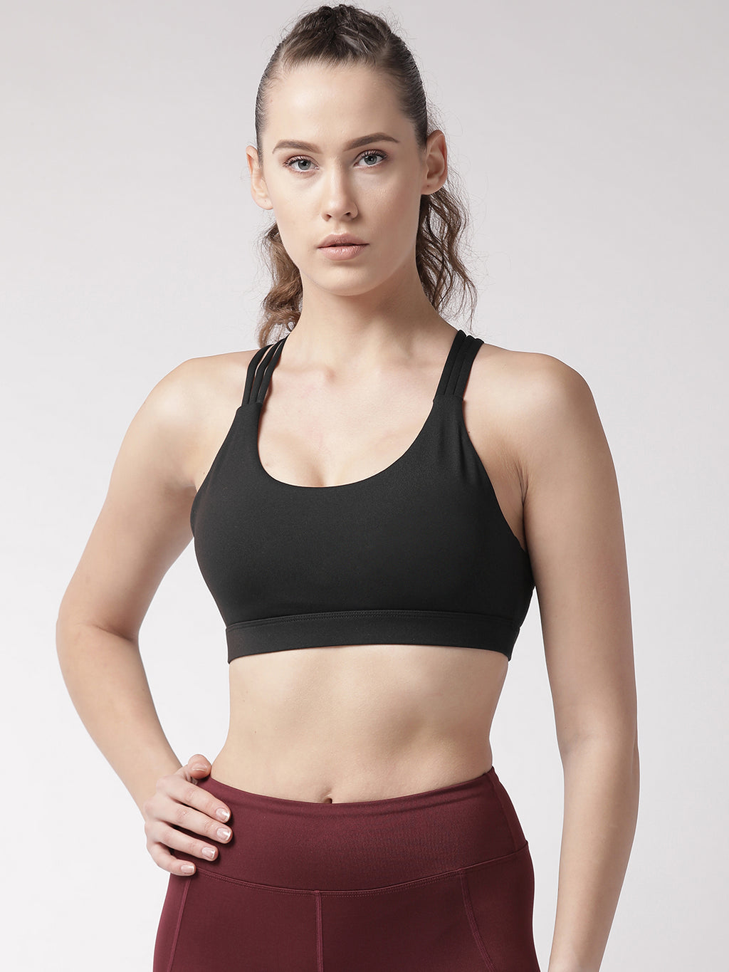 Fitkin Black Solid Non-Wired Lightly Padded Sports Bra