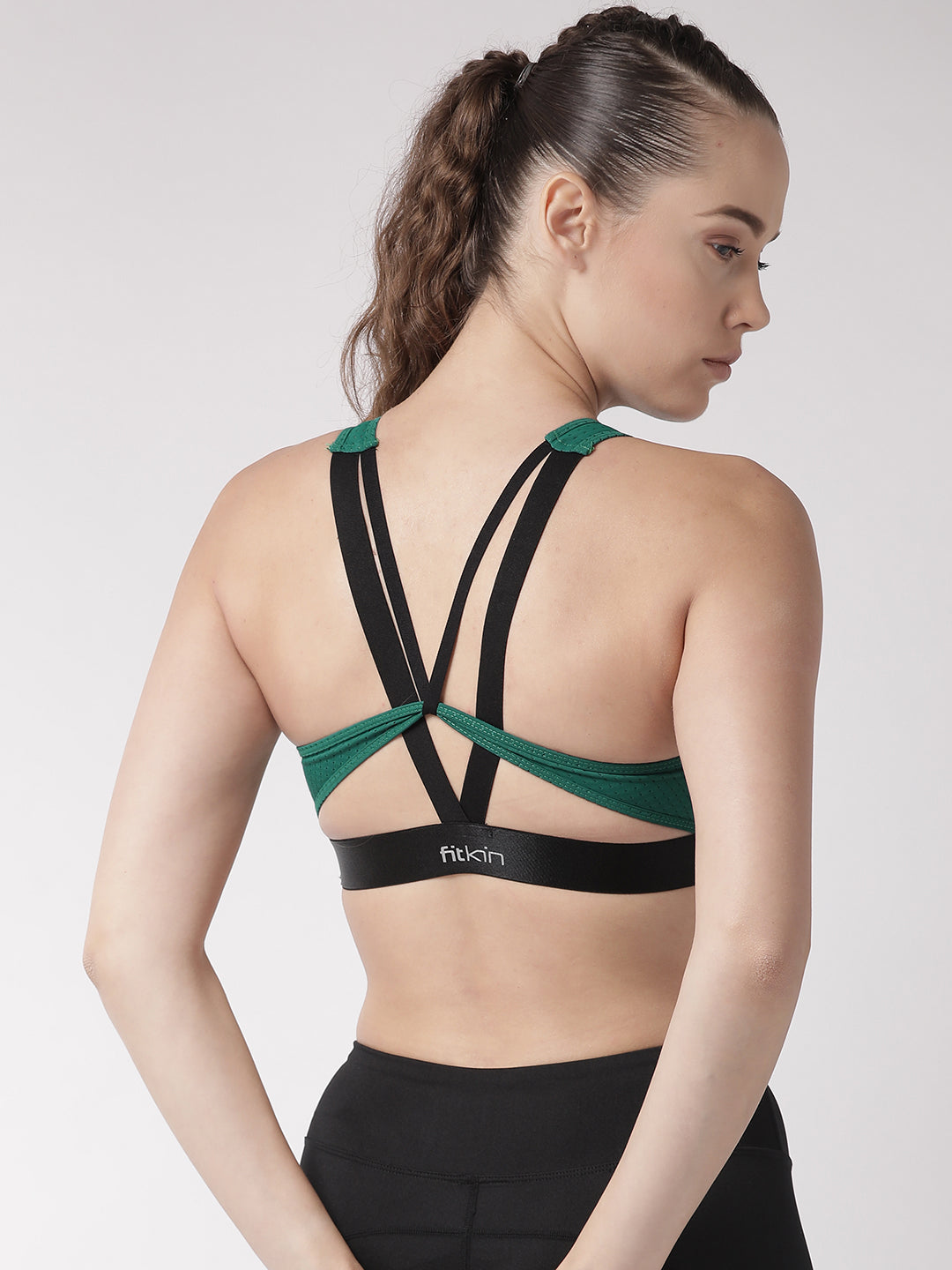 Fitkin Green Solid Non-Wired Lightly Padded Sports Bra