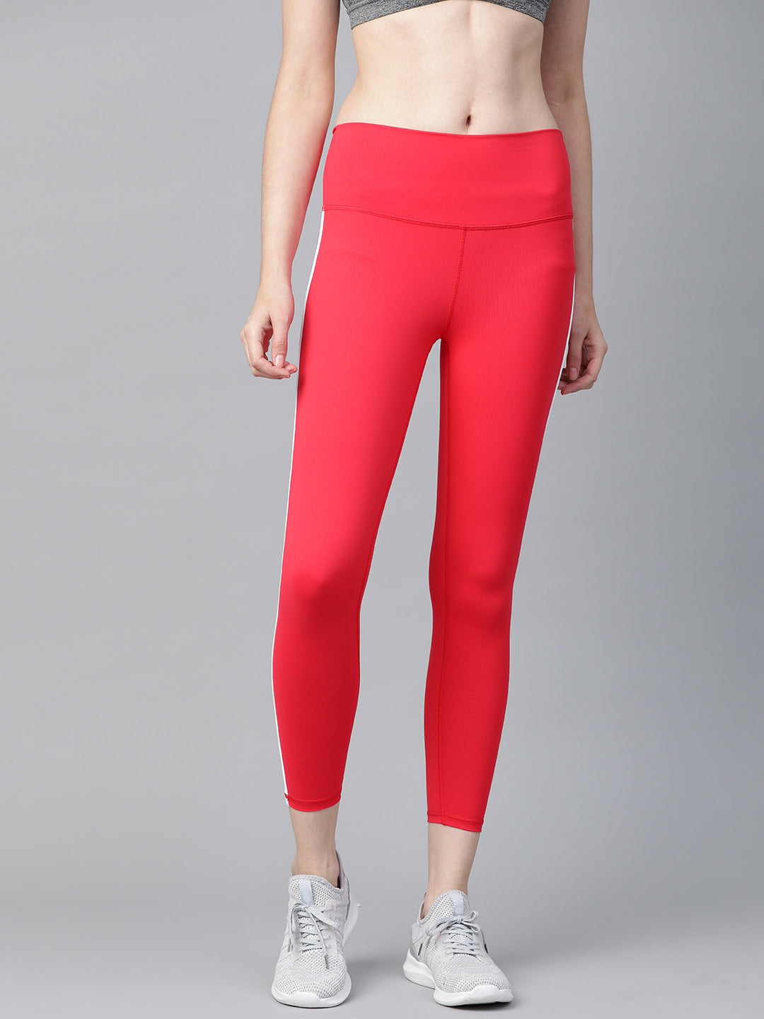 Fitkin Women Red Solid Cropped Training Tights