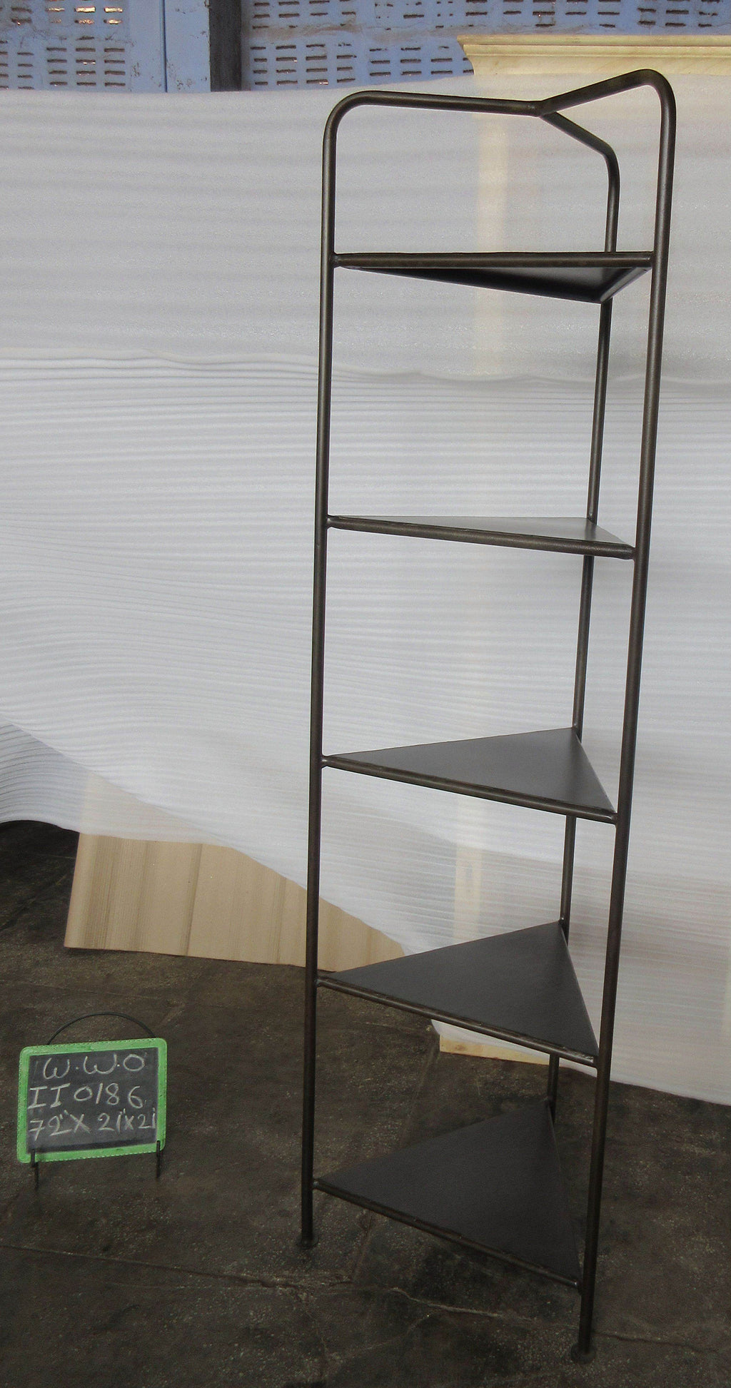 IRON CORNER SHELF