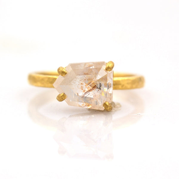 Balos Peach Diamond Ring