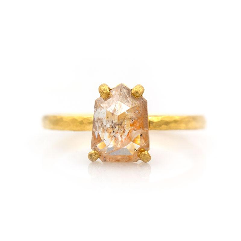 Komodo Peach Diamond Ring