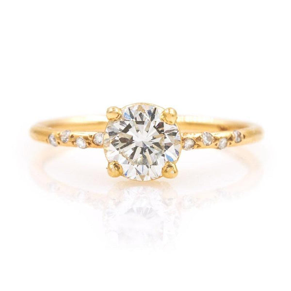 Starry Round Diamond Ring
