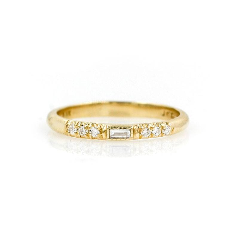 Half Round Diamond Baguette Equilibrium Band