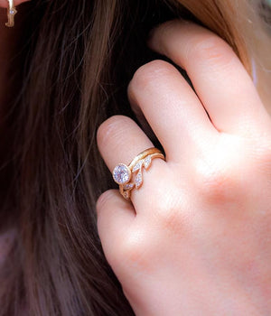 5 Leaf Curve Ring