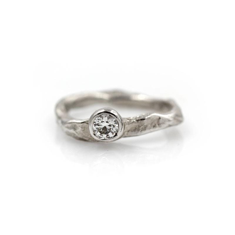 Diamond Stone Solitaire