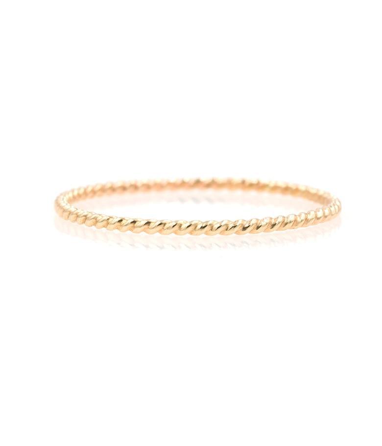 Dainty Gold Twist Ring