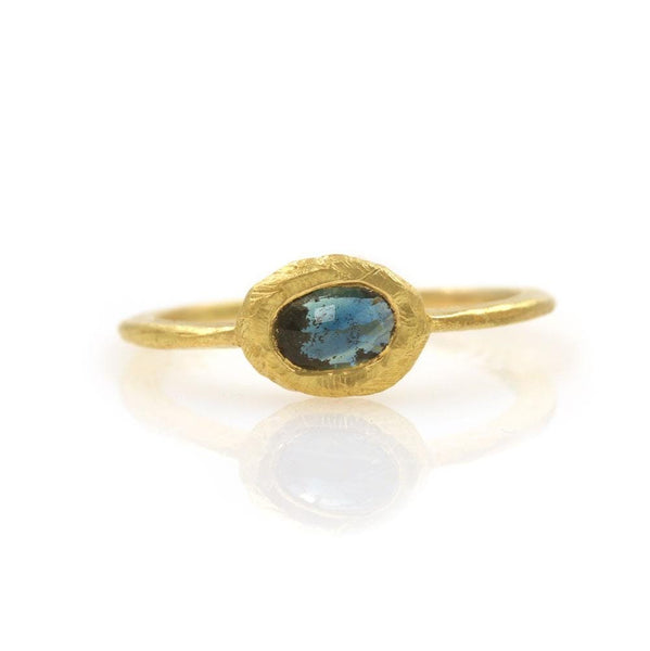 18k Horizontal Oval Teal Sapphire Ring
