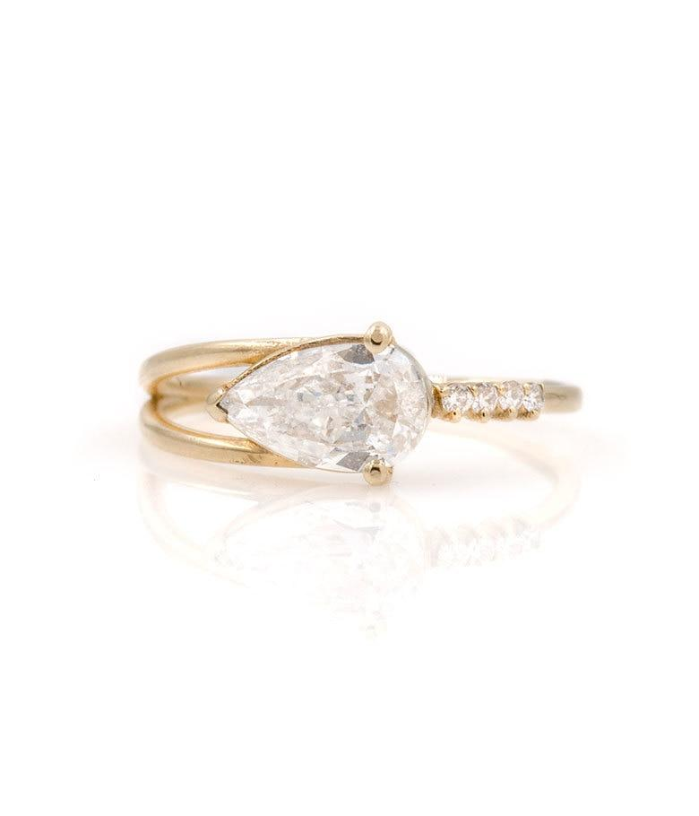 Large Pear-Shaped Diamond Arrow Ring
