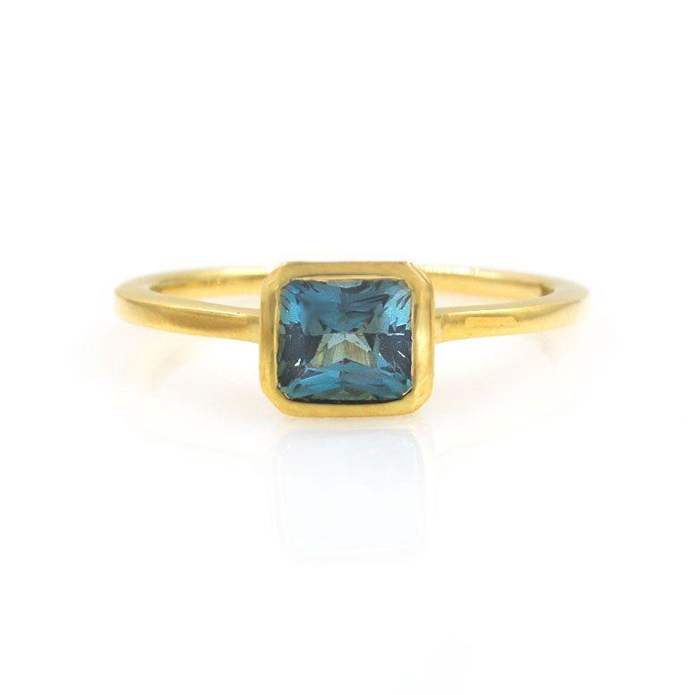 Secret Garden Sapphire Diamond Ring