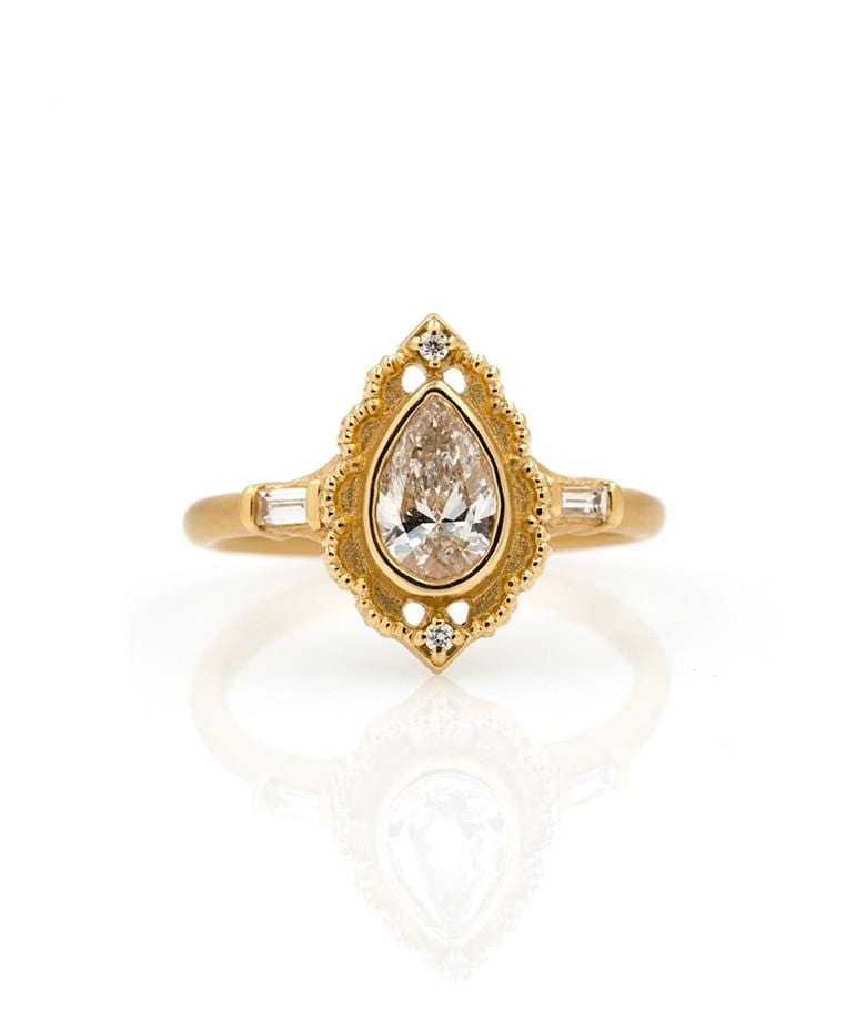 18k Scalloped Pear Diamond Ring