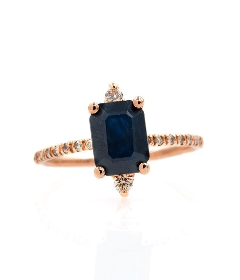 Twinkling Blue Sapphire Ring