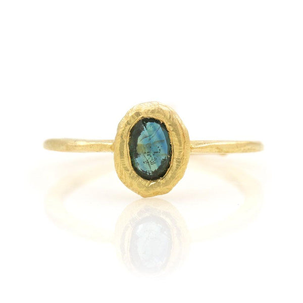 18k Oval Teal Sapphire Ring