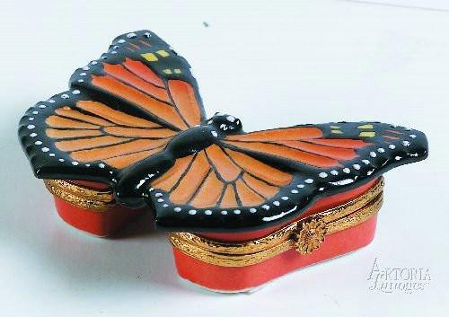 Monarch Butterfly-butterfly critters birds-Artoria-Limoges Box Boutique