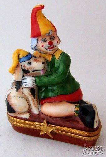 Clown With Puppy Limoges Boxes - Limoges Boxes Porcelain Figurines