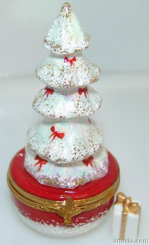 White Christmas Tree Limoges Boxes - Limoges Boxes Porcelain Figurines