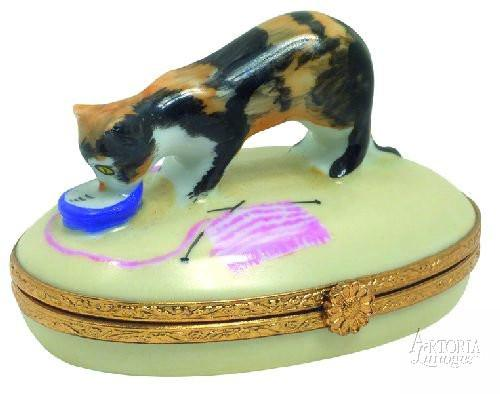 Tortoise Shell Cat Box-cat torroise shell cat-Artoria-Limoges Box Boutique