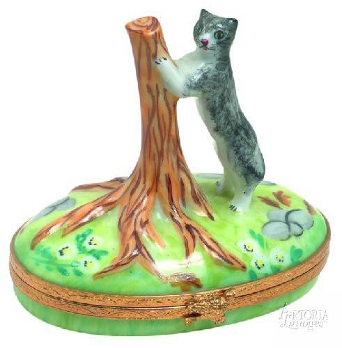 Kitten With Tree Limoges Boxes - Limoges Boxes Porcelain Figurines
