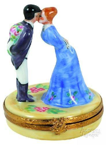 Kissing Couple Limoges Boxes Limoges Boxes Porcelain Figurines Collectibles Gifts