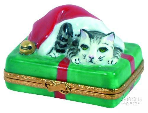 Santa Cat Limoges Boxes - Limoges Boxes Porcelain Figurines