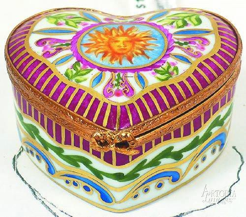 Medium Heart: Sun King-heart-Artoria-Limoges Box Boutique