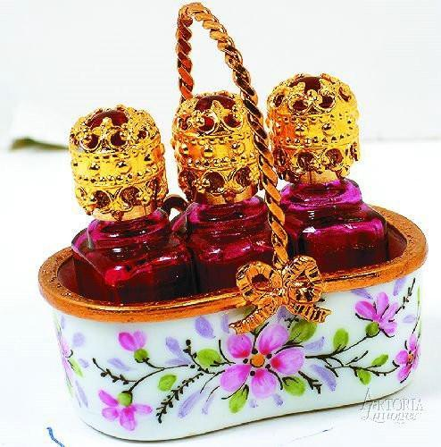 Basket W/ 3 Perfume Bot-Tles Home Limoges Boxes Limoges Boxes Porcelain Figurines Collectibles French Gifts