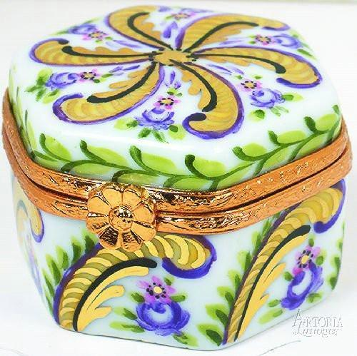 Hexagon: Fontainebleau Limoges Boxes Limoges Boxes Porcelain Figurines Collectibles Gifts